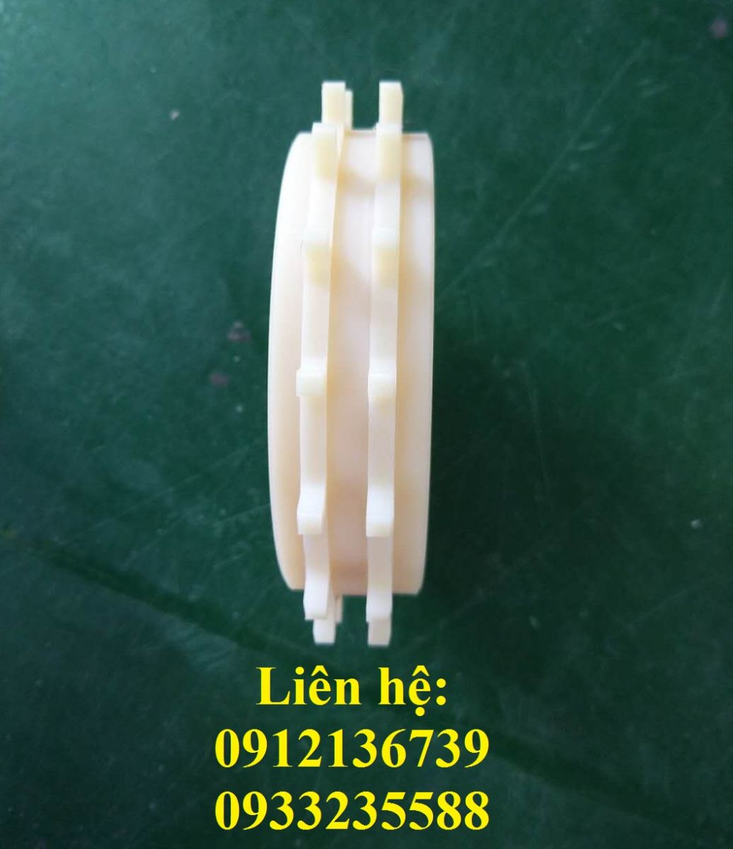 bang-tai-nhua-7100-banh-nhong-sprocket
