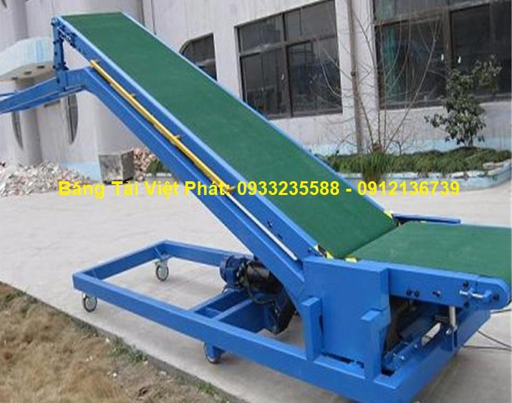 Băng tải nâng hạ PVC