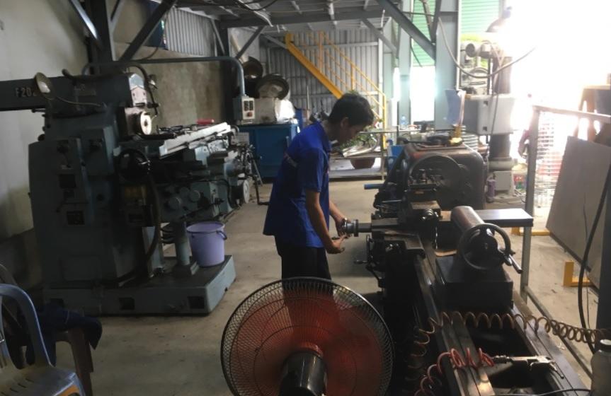 Xưởng cơ khí băng tải việt phát
