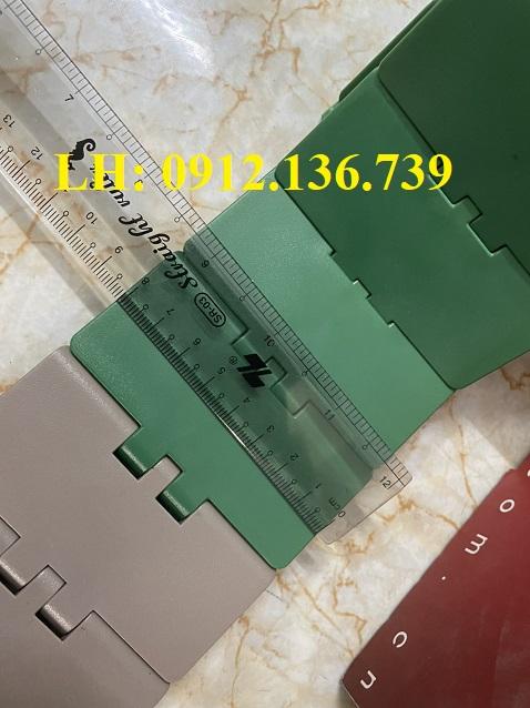 băng tải xích 82.6mm 820 K325