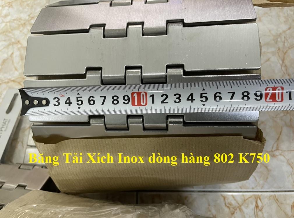 Một cuộn tiêu chuẩn băng tải xích 802 K750 có bản rộng 190.5mm và tổng chiều dài 3.048m.